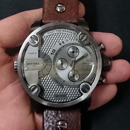 DIESEL (ディーゼル) の 腕時計の電池交換.jpg
