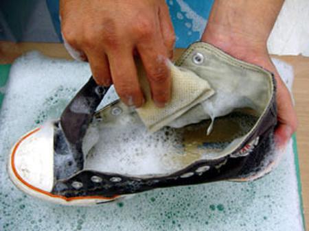 靴ブーツスニーカークリーニング �@.jpg